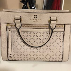 Small Kate Spade crossbody purse